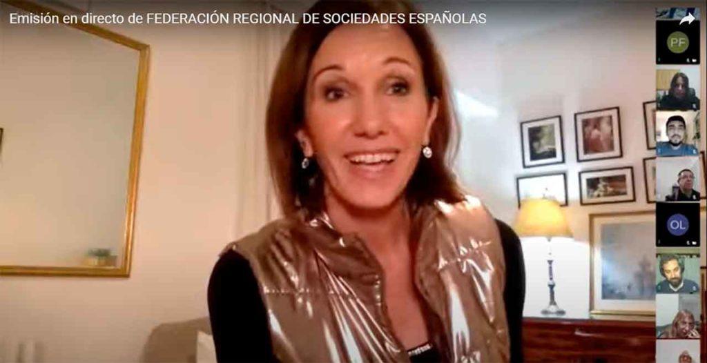 Coloquio con la escritora Diana Arias.