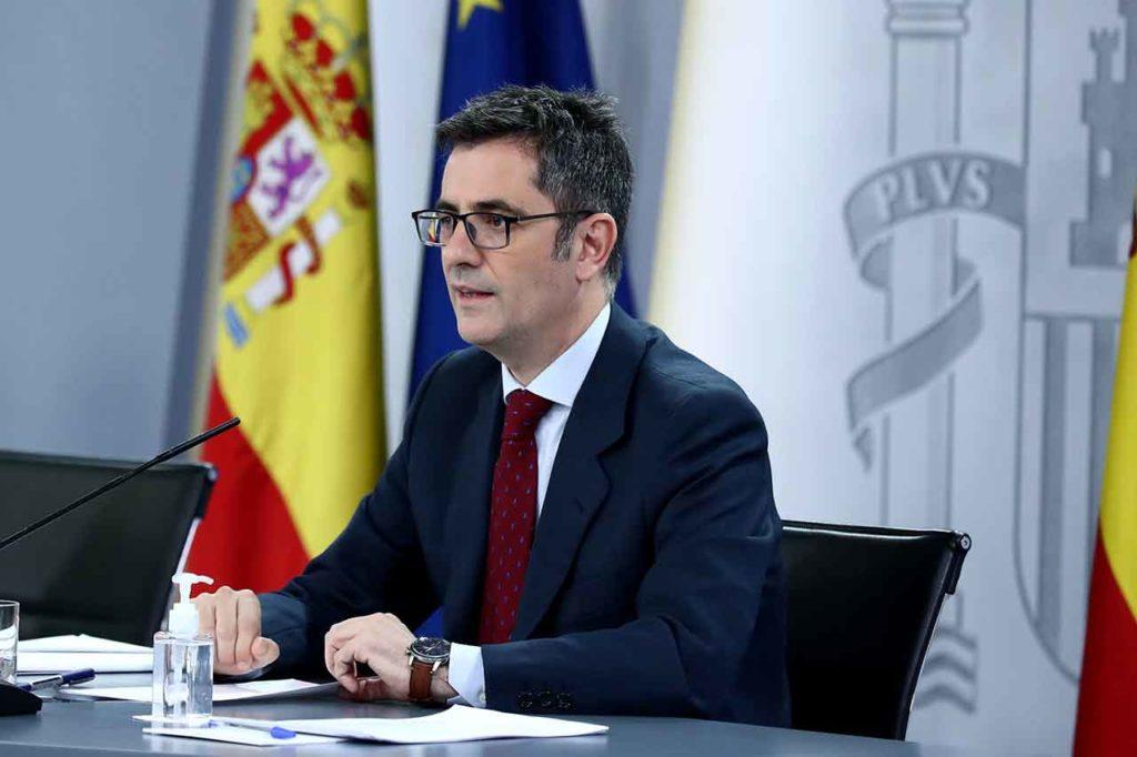 El ministro de la Presidencia, Relaciones con las Cortes y Memoria Democrática, Félix Bolaños, explicó los detalles del proyecto de ley.