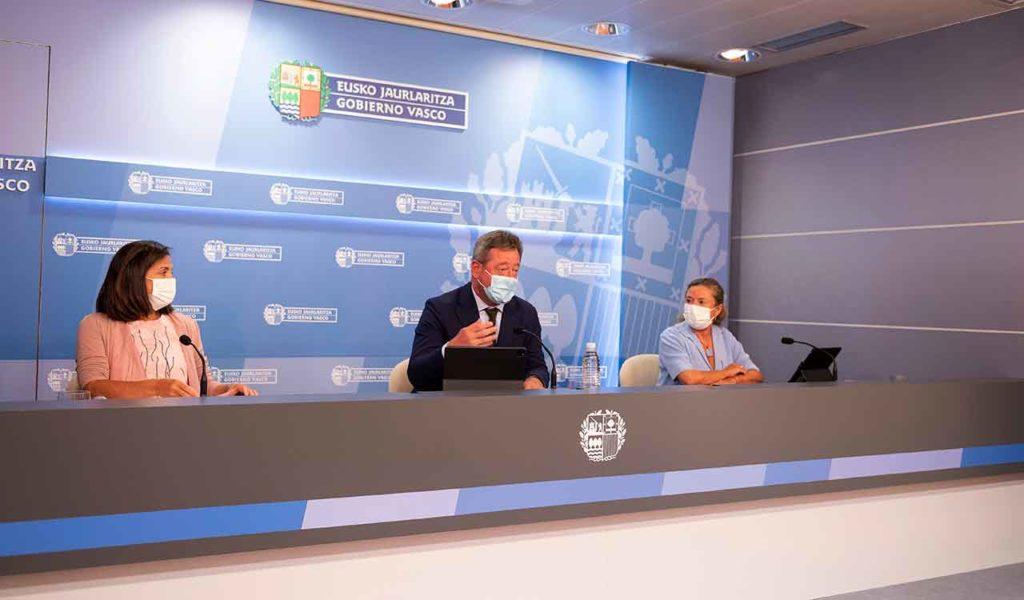El portavoz del Gobierno Vasco, Bingen Zupiria, explicó en rueda de prensa los acuerdos aprobados por el Consejo de Gobierno.