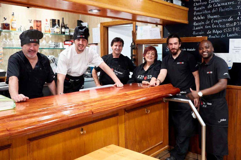 Trabajadores del restaurante de la Casa de Galicia de Gipuzkoa.