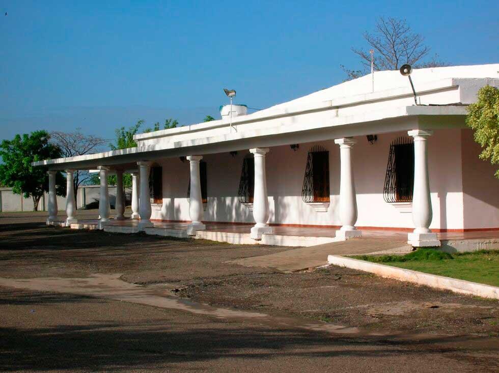 Fachada de la sede de la Casa Canaria de Altagracia de Orituco.