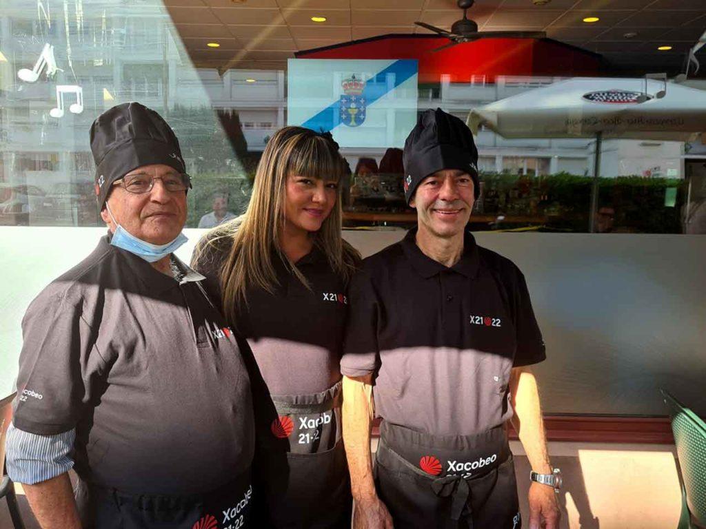 Trabajadores del restaurante de la Irmandade Galega de Ginebra.