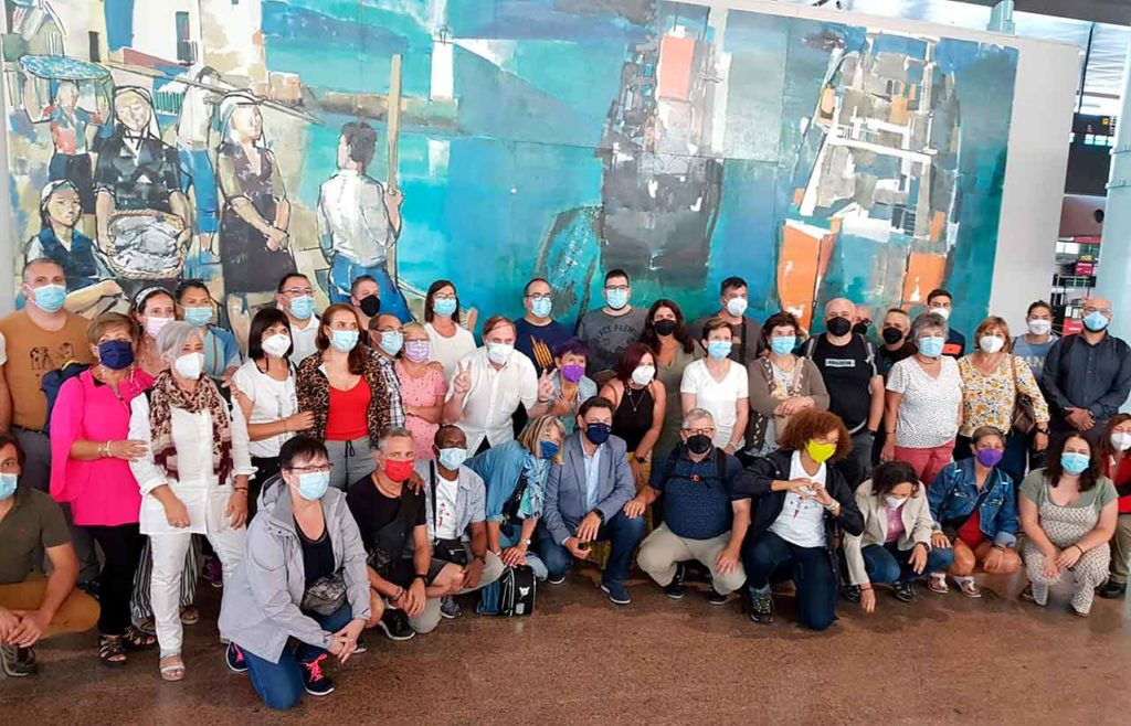 Miranda con los participantes en 'Conecta co Xacobeo'.
