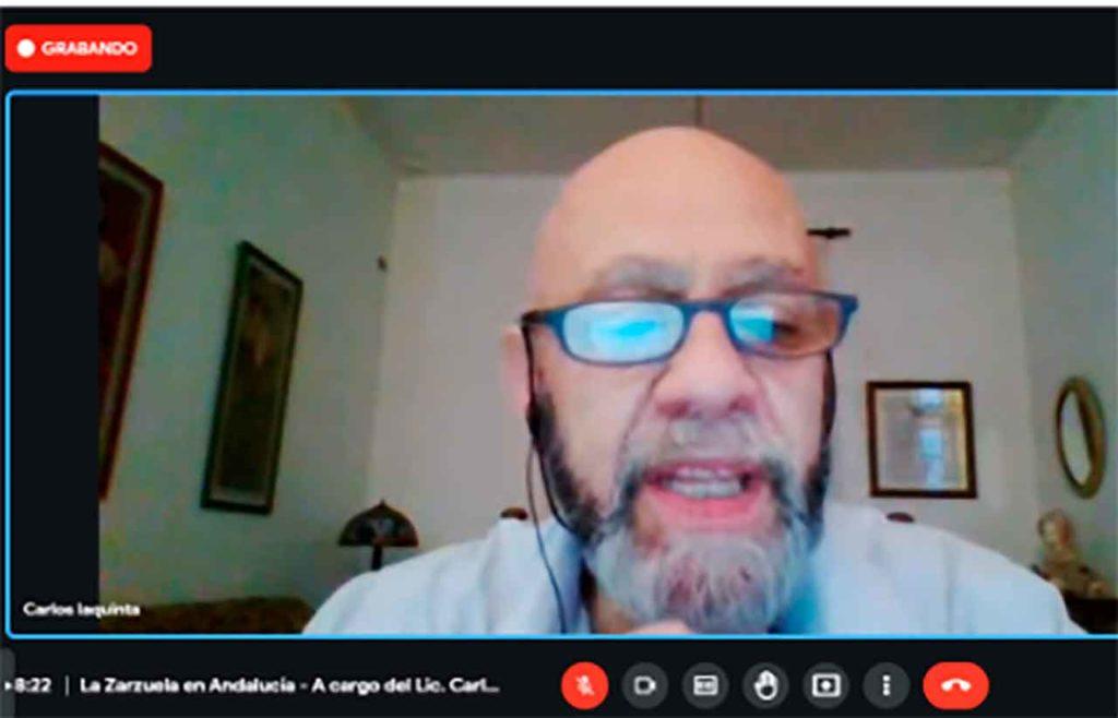Carlos Iaquinta en un momento de la charla.
