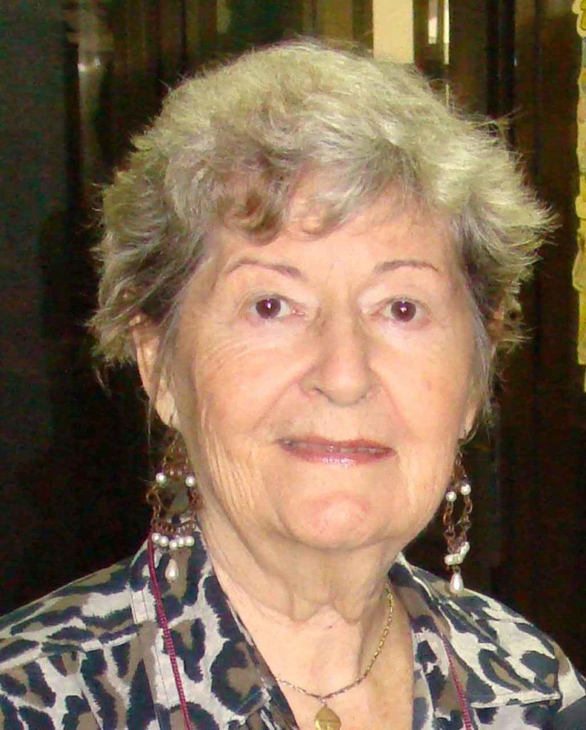 Carmen Almodóvar.