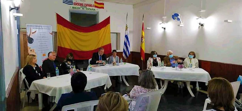 Reunión con los españoles de Paysandú.